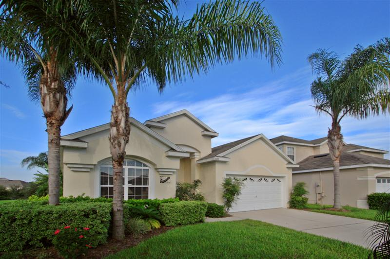 Stunning Orlando villas 3 miles from Disney