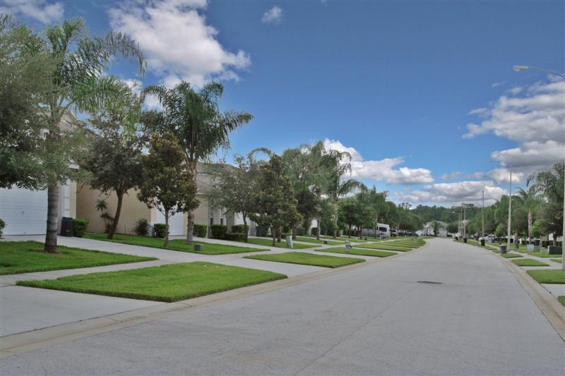 Beautiful windsor palms villas neat to Disney World